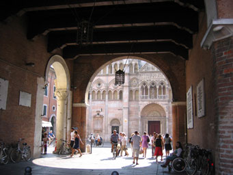 ferrara visits and itineraries